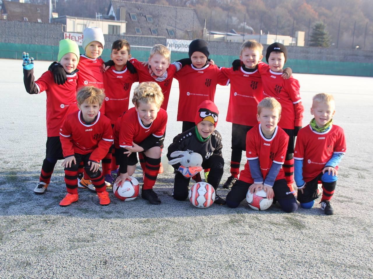 Die Fußball-Bambinis des SC-Urdenbach