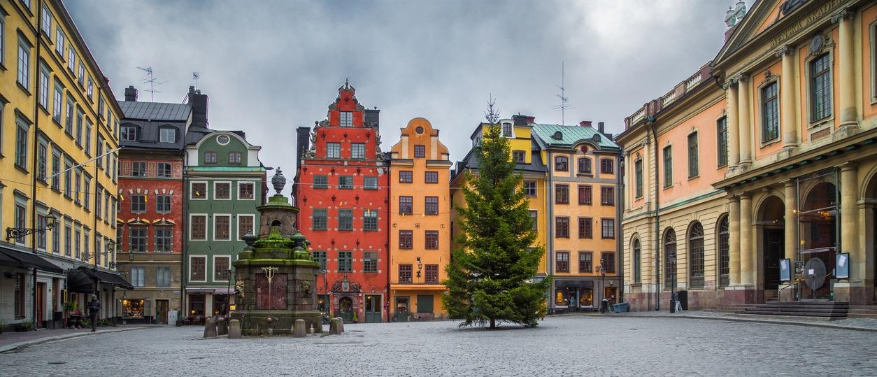 Foto von der Altstadt in Stockholm, rechts Königlich-Schwedische Akademie der Wissenschaften.