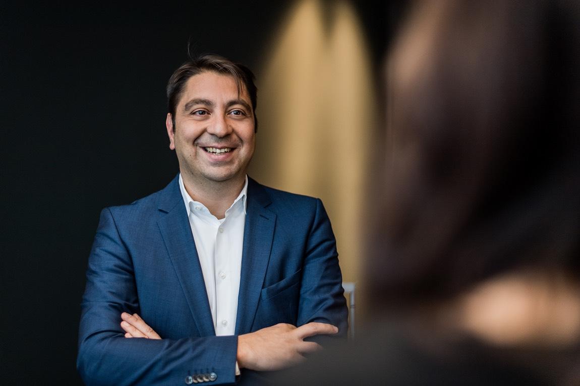 Dr. Hakan Kaymak.