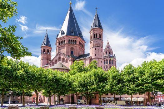 Teaserbild [2020] Die Düsseldorfer MI-LENS-Strategie bei Linsenoperationen