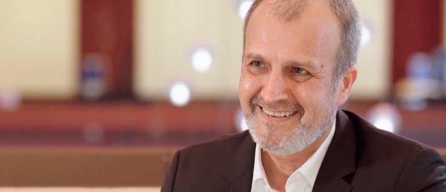 Dr. Klabe im EYEFOX Interview über Glaukomchirurgie