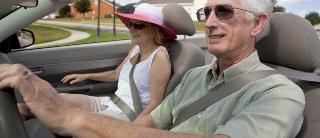 Grauer-Star-Operation erhöht Sicherheit beim Autofahren