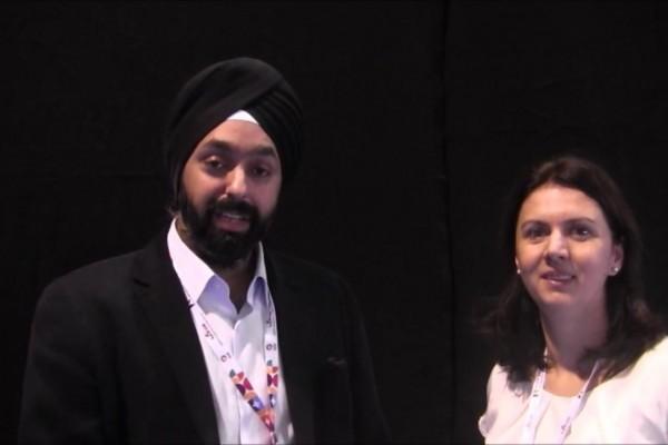 Dr. Paul Singh und Roxana Fulga in einem OSN-Interview. Foto von Dr. Richard Lindstrom (US)