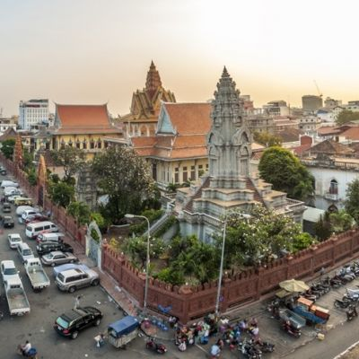 Unsere Ärzte operieren in Kambodscha