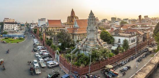 Teaserfoto Unsere Ärzte operieren in Kambodscha