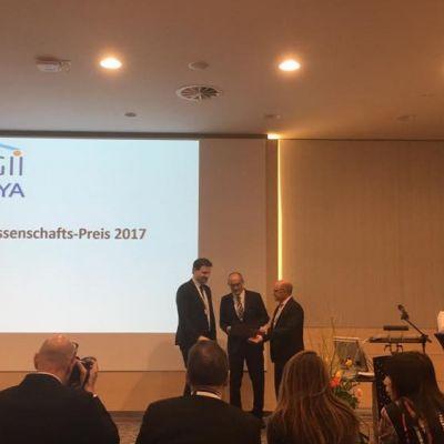 Verleihung des DGII-Publikationspreises an Dr. Hagen