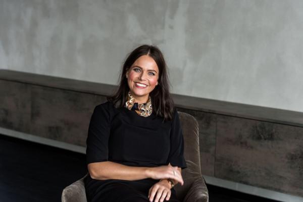 Svenja Nienhaus, Medizinische Assistenz Dr. Kaymak, wissenschaftliche Mitarbeiterin I.I.O.