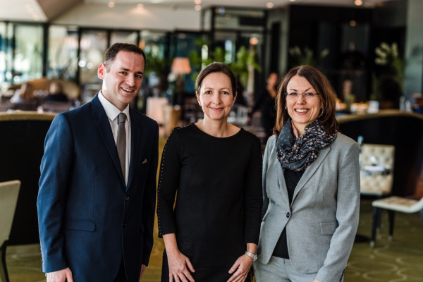Unser Team aus Meerbusch: S. Liakouris, Dr. Christiane Kaymak und Dr. Elke Taylor.