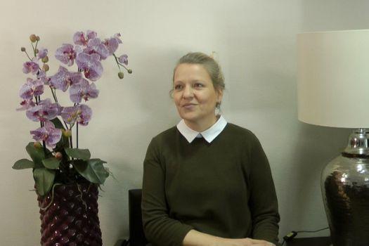 Teaserbild Patientenerfahrung Frau Kaußen Multifokallinsen bei Dr. Breyer