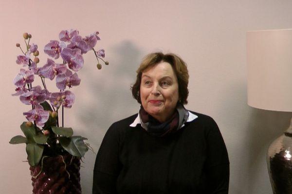 Teaserbild von Patientenerfahrung Frau Pierson Nanolasertherapie bei trockener AMD