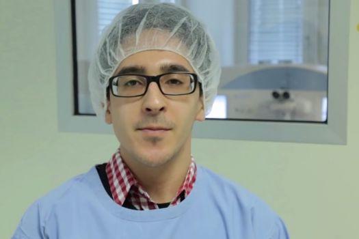 Teaserbild [Vimeo] Die ReLEx® smile-Operation unseres Mitarbeiters