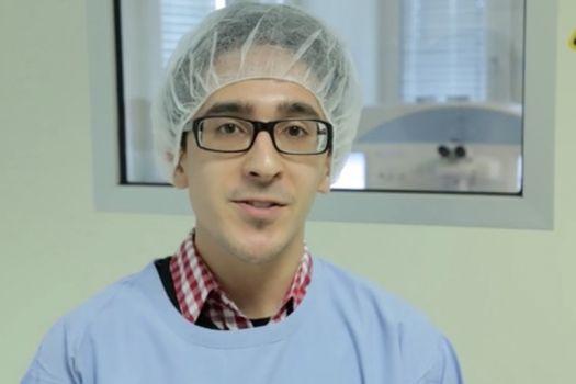 Teaserbild [Vimeo] Die ReLEx SMILE-Operation unseres Mitarbeiters