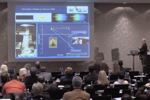 Teaserbild [Vimeo] Innovationssymposium 2016: Prof. Dr. Frank Schaeffel - Myopieentwicklung
