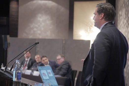 Teaserbild [Vimeo] Innovationssymposium 2016: Detlev Breyer - Aktuelle Premium-IOLs: unser Düsseldorfer Schema