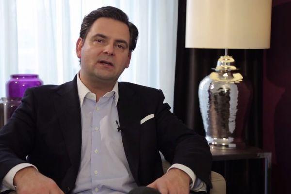 Teaserbild von [Vimeo] Interview Dr. Breyer Linsenaustausch