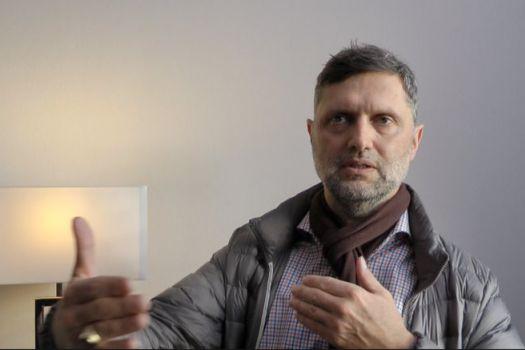 Teaserbild [Vimeo] Patientenerfahrung von Andreas D. aus dem Allgäu