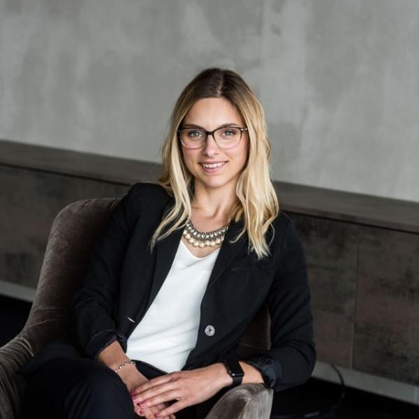 Portrait von Katja Dittrich
