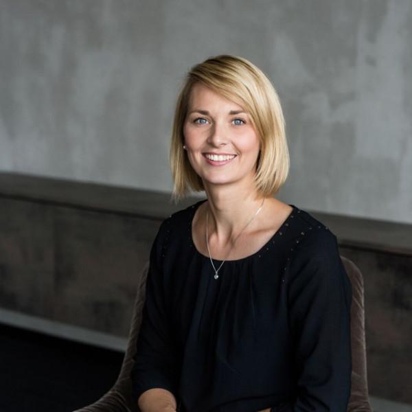 Portrait von Nadine Simon