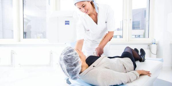 Teaserbild von Mitarbeiter/in für die Patientenbetreuung