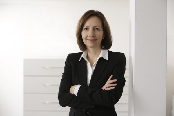 Dr. Christiane Kaymak, Ihre Augenärztin in Meerbusch-Büderich.