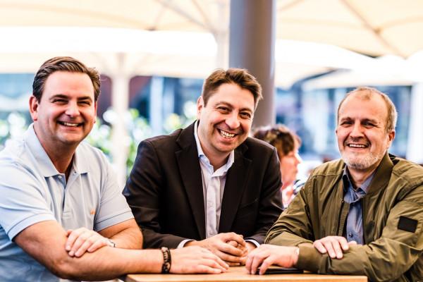 Dr. Breyer, Dr. Kaymak und Dr. Klabe  in einem der schönen Lokale am Martin-Luther-Platz.