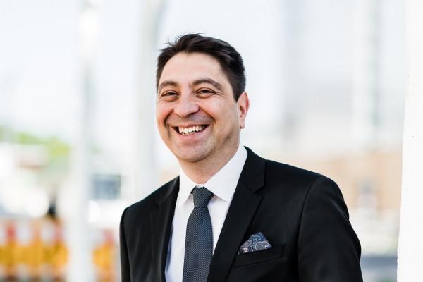 Dr. Hakan Kaymak, unser Makula-Netzhaut-Spezialist.